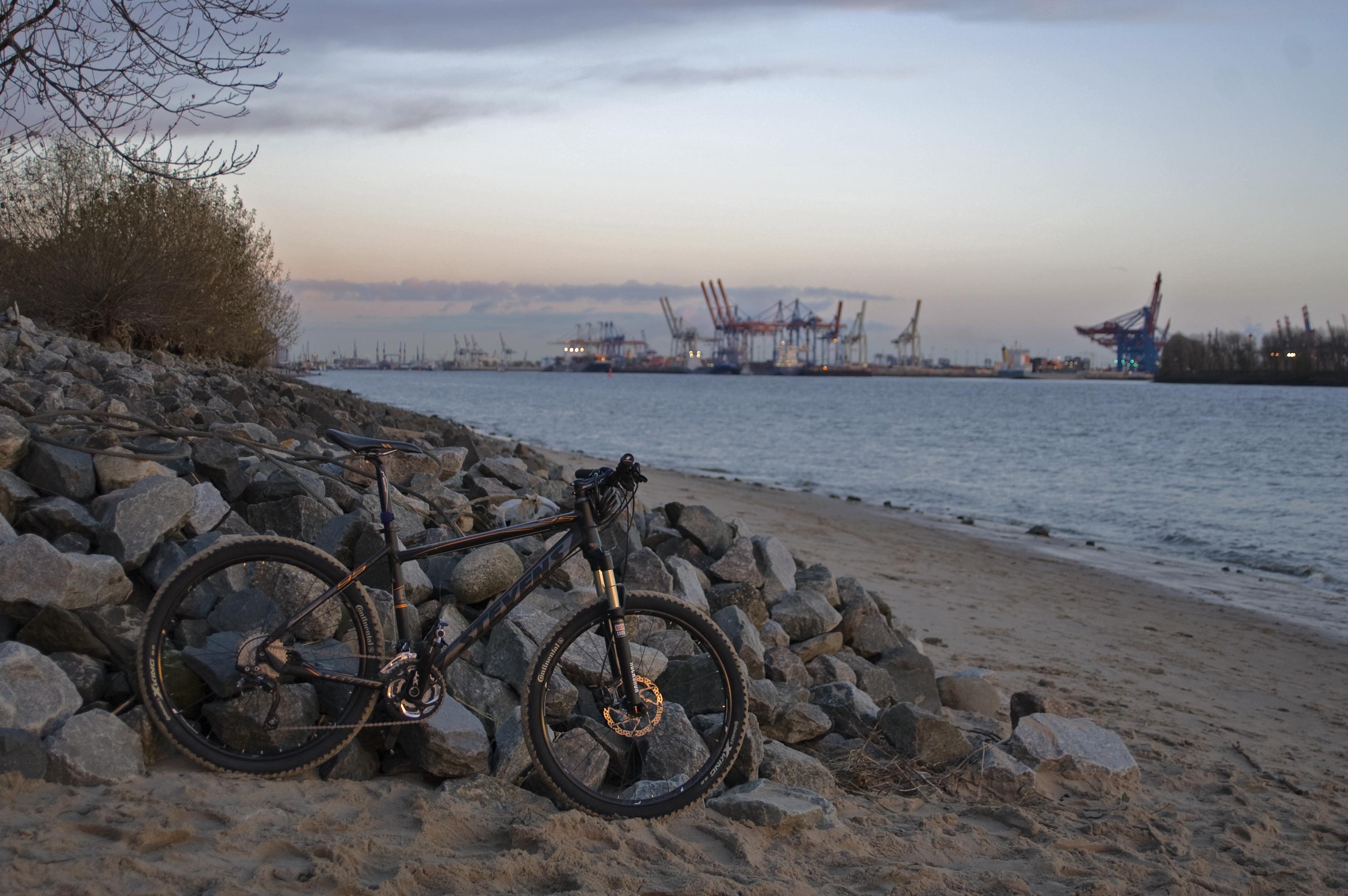 Elbe 014 - Fahrradwerbung